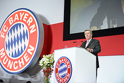 27.11.2015, Audi Dome, Muenchen, GER, FC Bayern Muenchen, Jahreshauptversammlung 2015, im Bild vl. Karl Hopfner ( FC Bayern Muenchen ) // during the 2015 Annual General Meeting of german football club FC Bayern Munich at the Audi Dome in Muenchen, Germany on 2015/11/27. EXPA Pictures © 2015, PhotoCredit: EXPA/ Eibner-Pressefoto/ Vallejos<br /> <br /> *****ATTENTION - OUT of GER*****