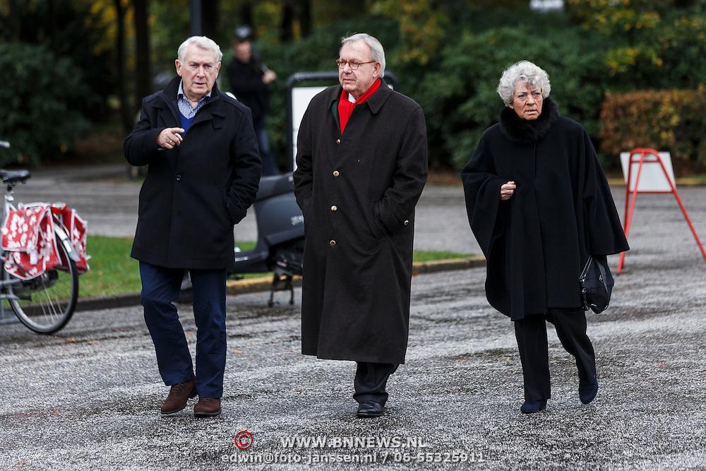 NLD/Leusden/20131107 - Uitvaart Leen Timp, Koos Postema, Thomas Lepeltak en ...........