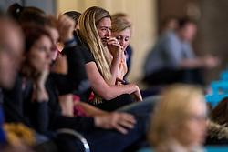 30-03-2018 NED: Nederland - Wit Rusland, Arnhem<br /> De Nederlandse volleybal meisjes jeugd spelen hun eerste oefeninterland op Papendal in Arnhem tegen Wit Rusland en wonnen met 3-0 / Support publiek in de oude papendal sporthal, Suus Luttikhuis