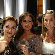 Premiere Songfestival in Concert, Marisca van Kolck, Laura Vlasblom en Fabienne de Vries