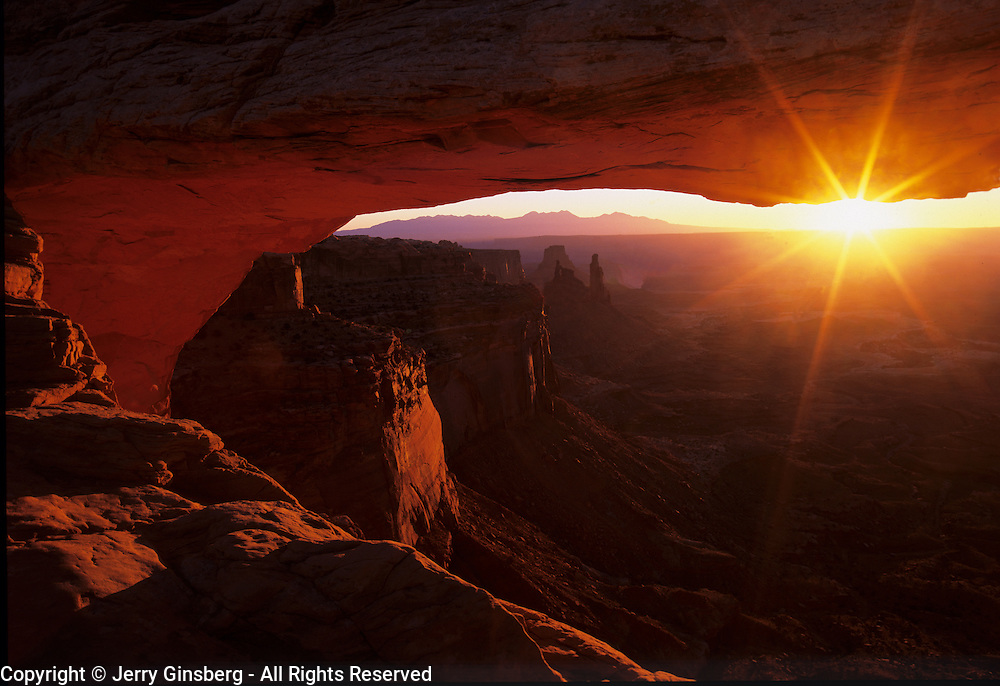 Sunrise at Mesa Arch, Island in the Sky, Canyonlands National Park, Utah.