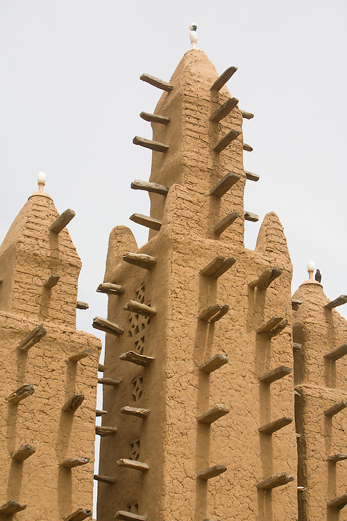 Most Dogon Country mosques are in Sudanese style and built with mud. The Dogon Country is the most visited part of Mali with tourists visiting its tipical  villages that can be located on the cliff, on the sandy plain or in the rocky plateau