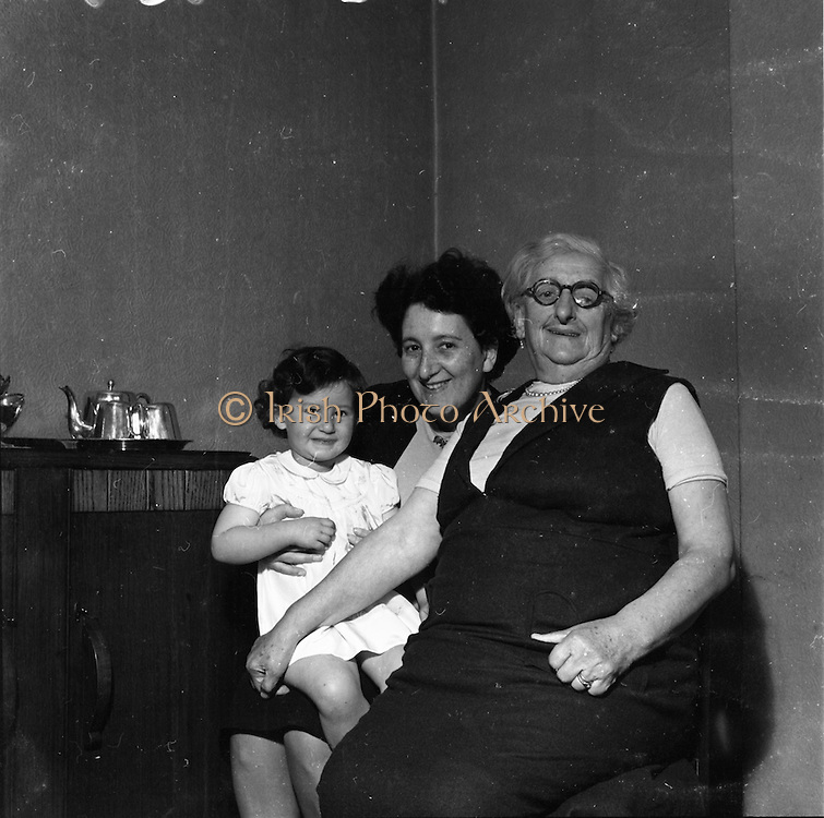 11/9/1952<br /> 9/11/1952<br /> 11 September 1952<br /> <br /> Photo of Ms. Siegal on Clares Ave, Harolds Cross