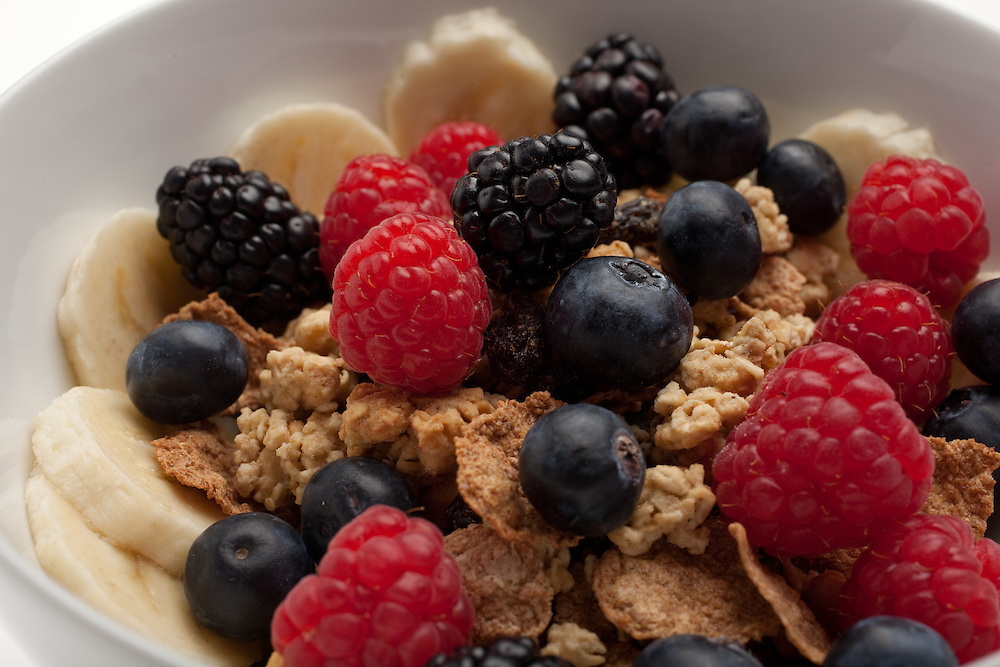 Cereal with bananas and berries