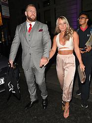 James Haskel und Chloe Madeley bei der Ankunft zu den Specsavers Awards in London / 111016<br /> <br /> *** Specsavers' Spectacle Wearer of the Year Awards in London, UK, October 11, 2016 ***