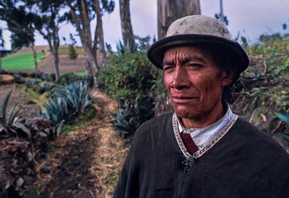 Cañari Indian farmer, Cañar, Ecuador<br /> 1991. Kodachrome