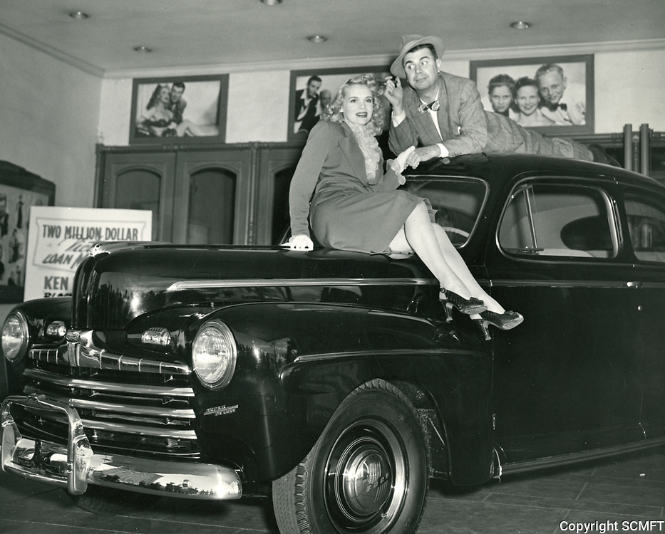 1945 Ken Murray & Marie Wilson at the Blackouts