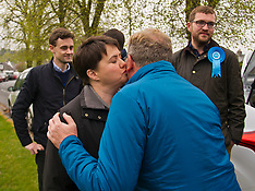 Ruth Davidson and David Mundell on Campaign Trail | West Linton | 13 May 2017