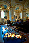 Wnętrze bazyliki Ofiarowania Najświętszej Maryi Panny w Wadowicach, Polska<br /> Interior of the Basilica of Presentation of Virgin Mary in Wadowice, Poland