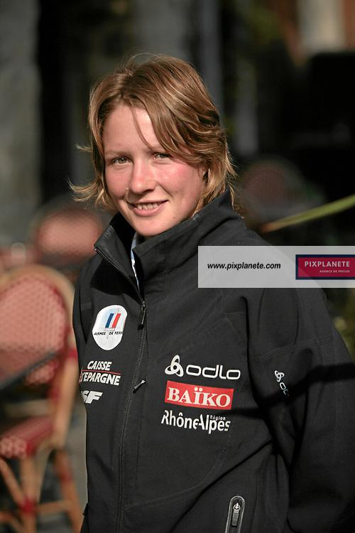 Elodie Bourgeois Pin - présentation de l'équipe de France de ski 2007-2008 - Photos exclusives - 9/10/2007 - JSB / PixPlanete