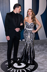 February 9, 2020, Beverly Hills, CA, USA: BEVERLY HILLS, CALIFORNIA - FEBRUARY 9: Sofia Vergara and Joe Manganiello attends the 2020 Vanity Fair Oscar Party at Wallis Annenberg Center for the Performing Arts on February 9, 2020 in Beverly Hills, California. Photo: CraSH/imageSPACE (Credit Image: © Imagespace via ZUMA Wire)