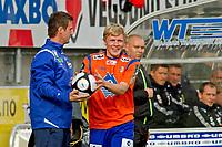 Fotball, <br /> 16.05.2011 , <br /> Tippeligaen  ,<br /> Eliteserien ,<br /> Aalesund - Strømsgodset 2-1 ,<br /> color line stadion ,  <br /> <br /> Jonathan parr - aalesund<br /> Ronny Delia - strømsgodset<br /> Foto: Richard brevik , Digitalsport