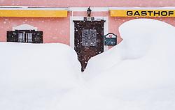 THEMENBILD - der eingeschneite weg zu einem geschlossenen Gasthaus auf der B 161 Pass Thurn Bundesstrasse, aufgenommen am 10. Jaenner 2019 in , Oesterreich // the snowed covered way to a closed restaurant on the B 161, Austria on 2019/01/10. EXPA Pictures © 2019, PhotoCredit: EXPA/ JFK