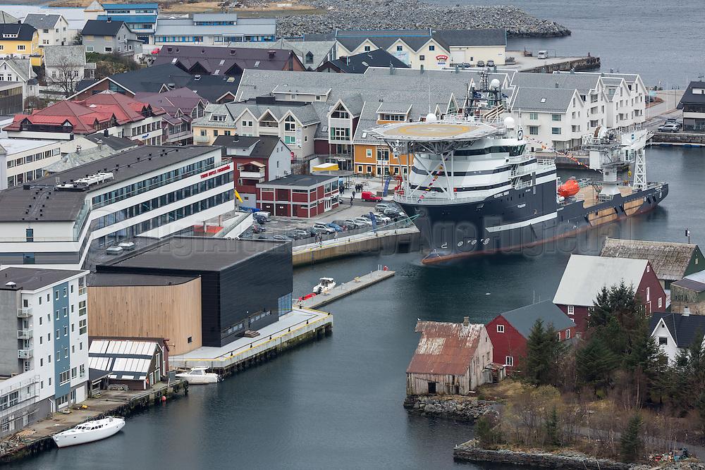 View over Fosnavåg, Norway. The offshore vessel Olympic Bibby visited Fosnavåg harbour during her naming ceremony   Oversikt over Fosnavåg havn, med supplybåten Olympic Bibby som gjesta Fosnavåg havn under dåpen sin.