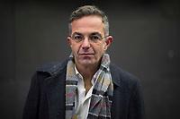 DEU, Deutschland, Germany, Berlin, 10.12.2020: Portrait von Navid Kermani, deutscher Schriftsteller, Publizist und Orientalist.
