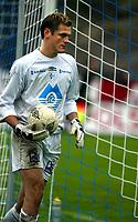 Fotball, 1 divisjon, 25/04-04, Kristiansand Stadion<br /> Start - Hødd (4-1),<br /> Lars Ivar Moldskred (Hødd),<br /> Foto: Sigbjørn Andreas Hofsmo, Digitalsport