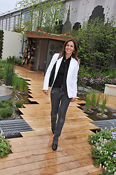 JULIA BRADBURY at the 2013 RHS Chelsea Flower Show held in the grounds of the Royal Hospital, Chelsea on 20th May 2013.