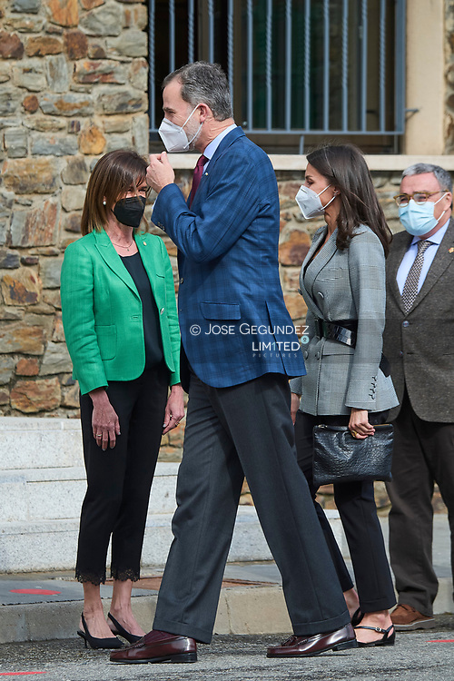 King Felipe VI of Spain, Queen Letizia of Spain attend a Meeting with the Spanish educational community in Andorra during 2 day State visit to Principality of Andorra at Maria Moliner Spanish School on March 26, 2021 in Andorra la Vella, Principality of Andorra  <br /> The two day trip marks the first visit to Andorra since King Felipe's enthronement and is also the first foreign trip since the begin of the Coronavirus pandemic.