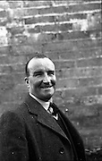 12/11/1952<br /> 11/12/1952<br /> 12 November 1952<br /> F.A.I. personalities (Waterford).