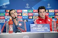 BILDET INNGÅR IKEK I FASTAVTALER. ALL NEDLASTING BLIR FAKTURERT.<br /> <br /> Fotball<br /> Foto: imago/Digitalsport<br /> NORWAY ONLY<br /> <br /> Fussball Champions League Saison 2015/2016 Gruppenphase, 4. Spieltag Gruppe F, 04.11.2015 Olympiakos Piräus - Dinamo Zagreb Omar Elabdellaoui (li.) und Piräus Trainer Marco Silva (re.) im Portrait anlässlich der Pressekonferenz vor dem Champions League Spiel gegen GNK Dinamo Zagreb. Olympiakos Piräus FC - GNK Dinamo Zagreb