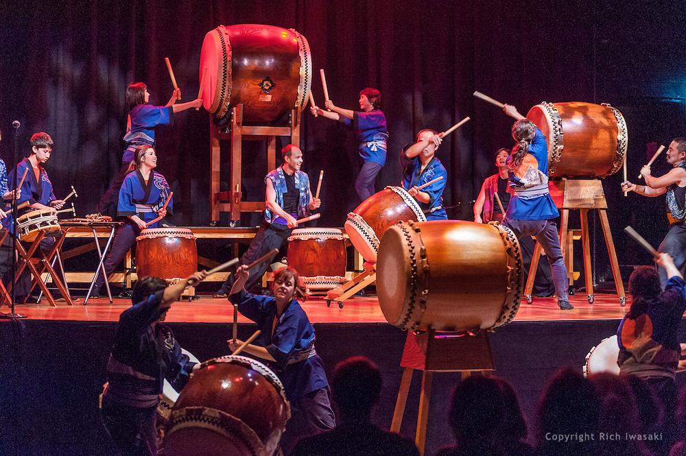 """Members of Portland Taiko and On Ensemble perform during """"Making Waves 2013"""" concert, Aladdin Theater, Portland, Oregon"""