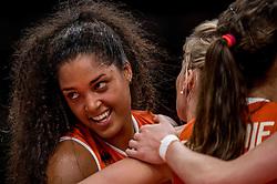 18-08-2016 BRA: Olympic Games day 13, Rio de Janeiro<br /> De Nederlandse volleybalsters hebben niet kunnen stunten met een plaats in de finale van het olympisch toernooi. China, dat in de groepsfase nog met 3-2 geklopt werd, won na een thriller van ruim twee uur: 3-1 (27-25, 23-25, 29-27, 25-23). / Celeste Plak #4