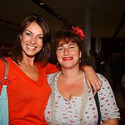 Premiere Fuego, Irene van Laar en Debbie de Jong