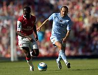Photo: Olly Greenwood.<br />Arsenal v Manchester City. The FA Barclays Premiership. 25/08/2007. Kolo Toure and Martin Petrov