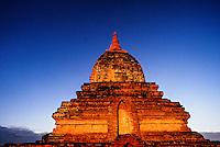 Sunrise on the Ywa Haung Gyi Temple, Bagan (Pagan), Burma (Myanmar)