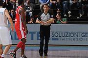 DESCRIZIONE :Siena  Lega A 2011-12 Montepaschi Siena Cimberio Varese Play off gara 1<br /> GIOCATORE : arbitro<br /> CATEGORIA : curiosita fair play  <br /> SQUADRA : <br /> EVENTO : Campionato Lega A 2011-2012 Play off gara 1 <br /> GARA : Montepaschi Siena Cimberio Varese<br /> DATA : 17/05/2012<br /> SPORT : Pallacanestro <br /> AUTORE : Agenzia Ciamillo-Castoria/ GiulioCiamillo<br /> Galleria : Lega Basket A 2011-2012  <br /> Fotonotizia : Siena  Lega A 2011-12 Montepaschi Siena Cimberio Varese Play off gara 1<br /> Predefinita :