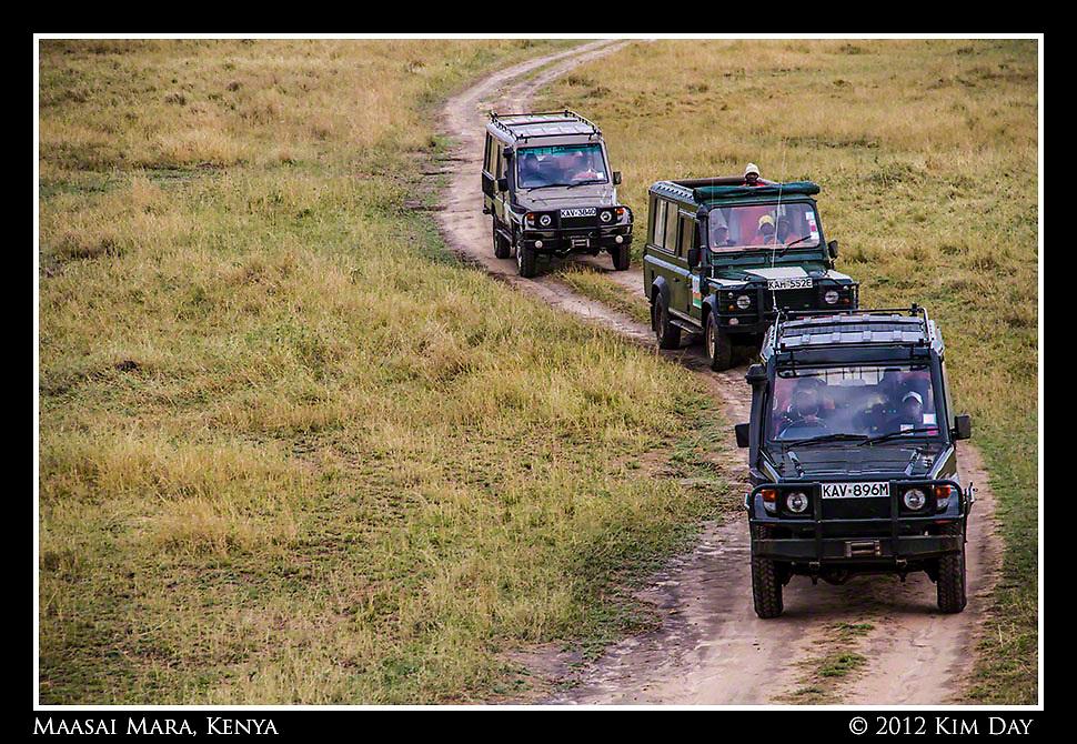 Land Rover Chase.Maasai Mara, Kenya.September 2012