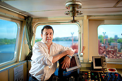 O diretor-executivo da Navegação Guarita, empresa de transporte hidroviário, está investiu recentemente R$ 50 milhões em embarcações para o transporte de petróleo e derivados. FOTO: Dani Barcellos/Preview.com