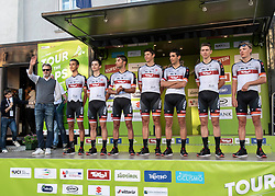 21.04.2019, Kufstein, AUT, Tour of the Alps, Teampraesentation, im Bild // during team presentation before the 1st Stage of the Tour of the Alps Cyling Race in in Kufstein, Austria on 2019/04/21. EXPA Pictures © 2019, PhotoCredit: EXPA/ Reinhard Eisenbauer