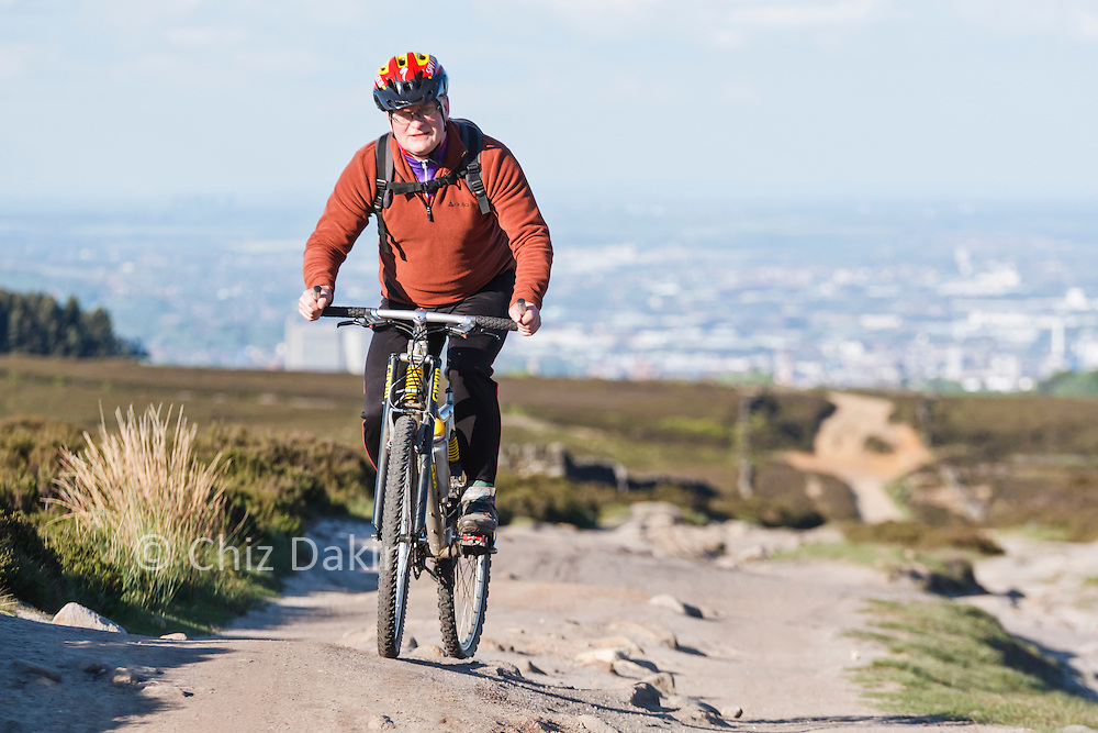 Cycling up Houndkirk Road