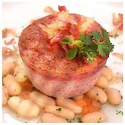 Le Ricette Tradizionali della Cucina Italiana.Italian Cooking Recipes. Sformato di cavolo fagioli cannellini e pancetta