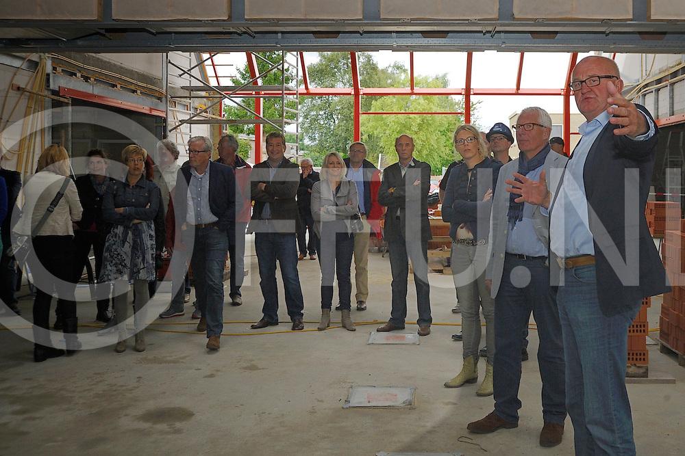DEDEMSVAART - eerste rondleiding in het nieuwe mfc.<br /> FFU PRESS AGENCY COPYRIGHT SANDER UIJLENBROEK