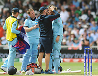 Cricket - 2019 ICC Cricket World Cup - Group Stage: England vs. Pakistan<br /> <br /> Joe Root of England,gets treatment after getting a fly in his eye at Trent Bridge, Nottingham.<br /> <br /> COLORSPORT/ANDREW COWIE