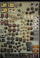 San Giovanni Rotondo.Negozio  vende souvenir di  Padre Pio.San Giovanni Rotondo.Shop selling souvenirs of Padre Pio