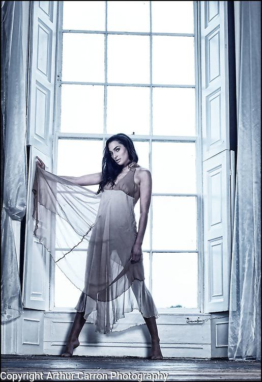 1/10/11 Model Jessica Dunne, photoshoot at Belurgan Park, Dundalk. Pictures:Arthur Carron