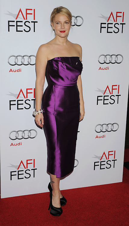 """HOLLYWOOD, CA. - November 03: Drew Barrymore arrives at the AFI FEST 2009 Screening Of Miramax's """"Everbody's Fine"""" on November 3, 2009 in Hollywood, California."""