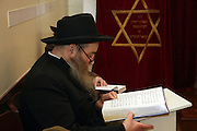 Chabad man reads Psalms