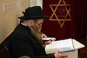 Chabad man reads Psalms