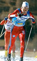 Langrenn: Verdenscup WC 08.12.2001. 10 km klassisk stil: Anders Aukland vann dagens tavling.<br /><br />Foto: Niklas Larsson, Digitalsport