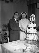 1952 - Wedding of Tom Hall and Miss Noreen O'Reilly at Marino Church.