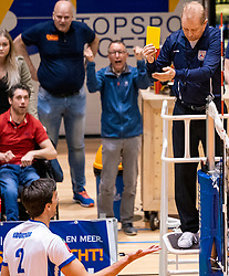 05-05-2019 NED: Achterhoek Orion - Abiant Lycurgus, Doetinchem<br /> Final Round 4 of 5 Eredivisie volleyball, Orion have a 2-1 lead in the best-of-five series / yellow card Wytze Kooistra #2 of Lycurgus