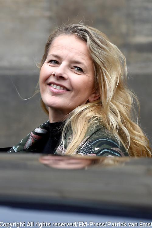 Prinses Beatrix geeft in het Koninklijk Paleis in Amsterdam een verjaardagsontvangst voor familie, vrienden en bekenden. Prinses Beatrix werd afgelopen woensdag tachtig jaar en vierde haar verjaardag in besloten kring.<br /> <br /> Princess Beatrix gives a birthday reception for family, friends and acquaintances at the Royal Palace in Amsterdam. Princess Beatrix was eighty years old last Wednesday and fourth birthday in private.<br /> <br /> Op de foto / On the photo:  Prinses Mabel / Princess Mabel