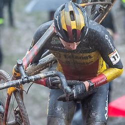 22-12-2019: Cycling: CX Worldcup: Namur: Toon Aerts was leading for a long time, but finished second after a nasty crash
