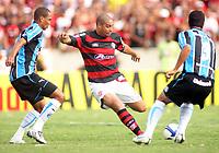 20091206: RIO DE JANEIRO, BRAZIL - Flamengo vs Gremio: Brazilian League 2009 - Flamengo won 2-1 and celebrated the 6th Brazilian Championship of its history. In picture: Adriano (Flamengo). PHOTO: CITYFILES