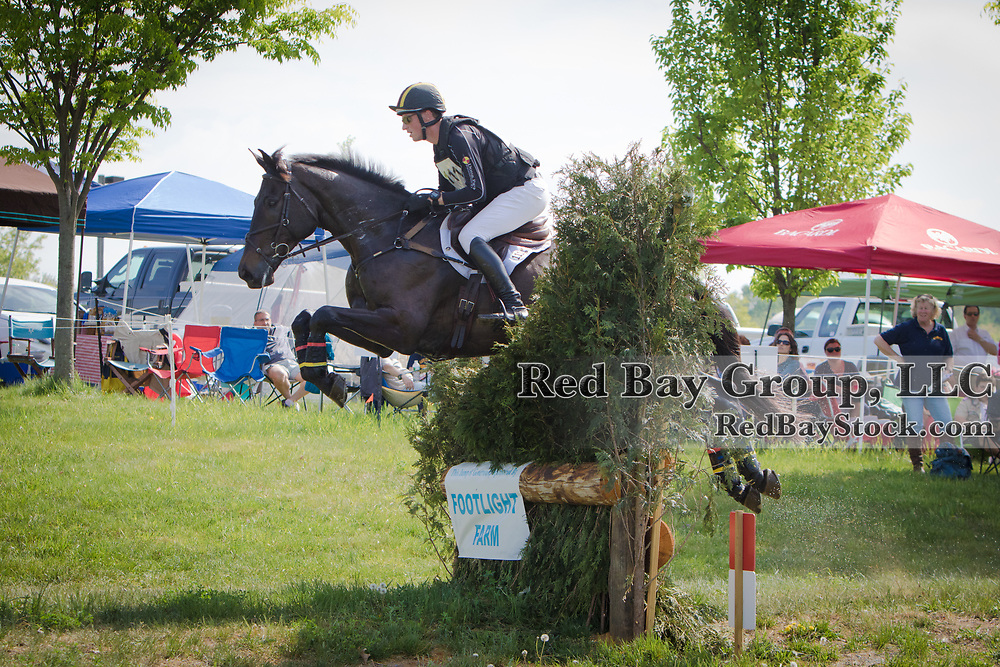 Doug Payne (USA) and Lysander at Jersey Fresh International in Allentown, New Jersey.