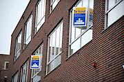 Nederland, Nijmegen, 28-6-2012 Appartementen in hetzelfde woonblok staan te koop en te huur. Foto: Flip Franssen/Hollandse Hoogte
